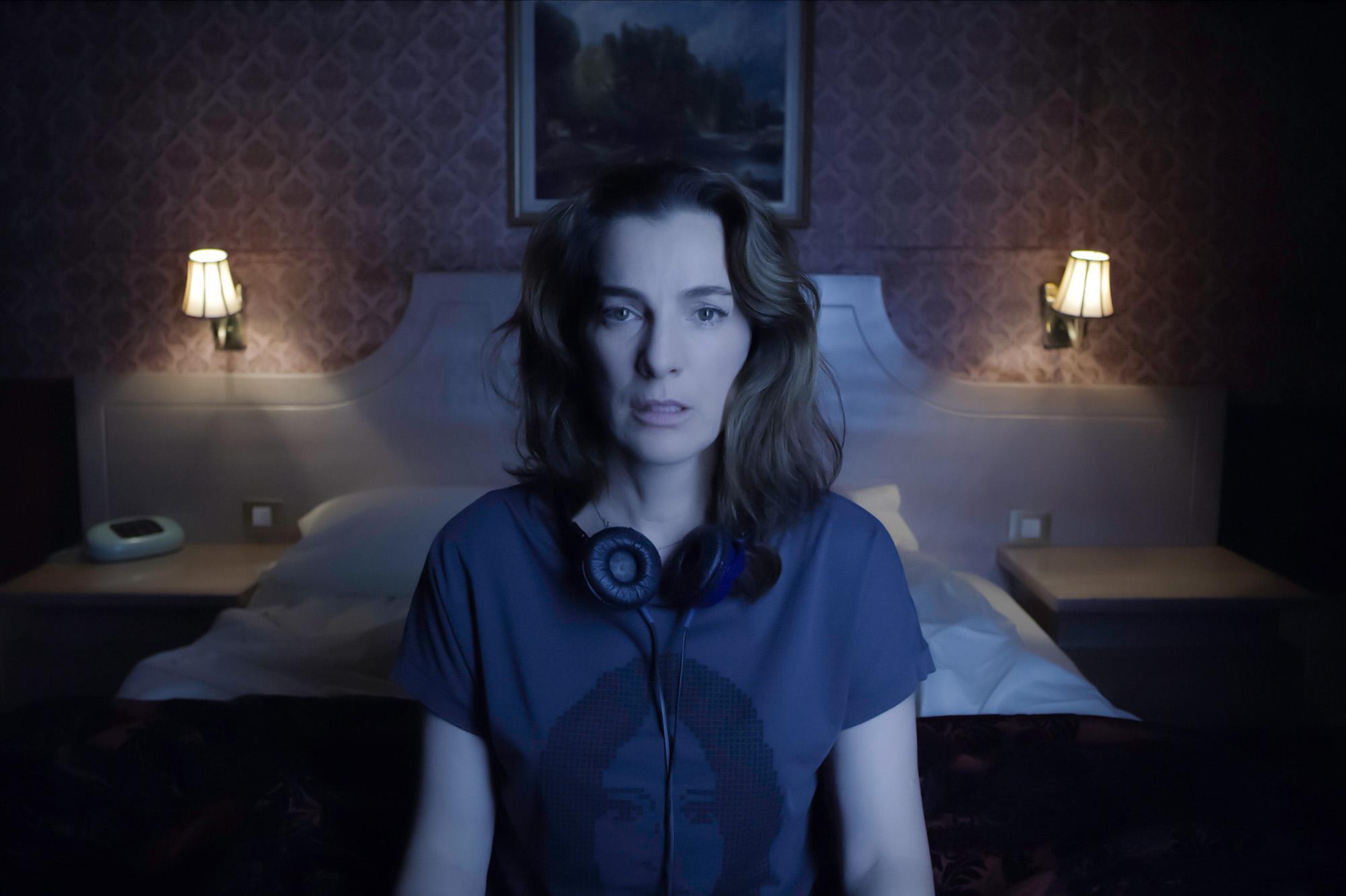 'Losing Alice' star Ayelet Zurer dishes on wild role