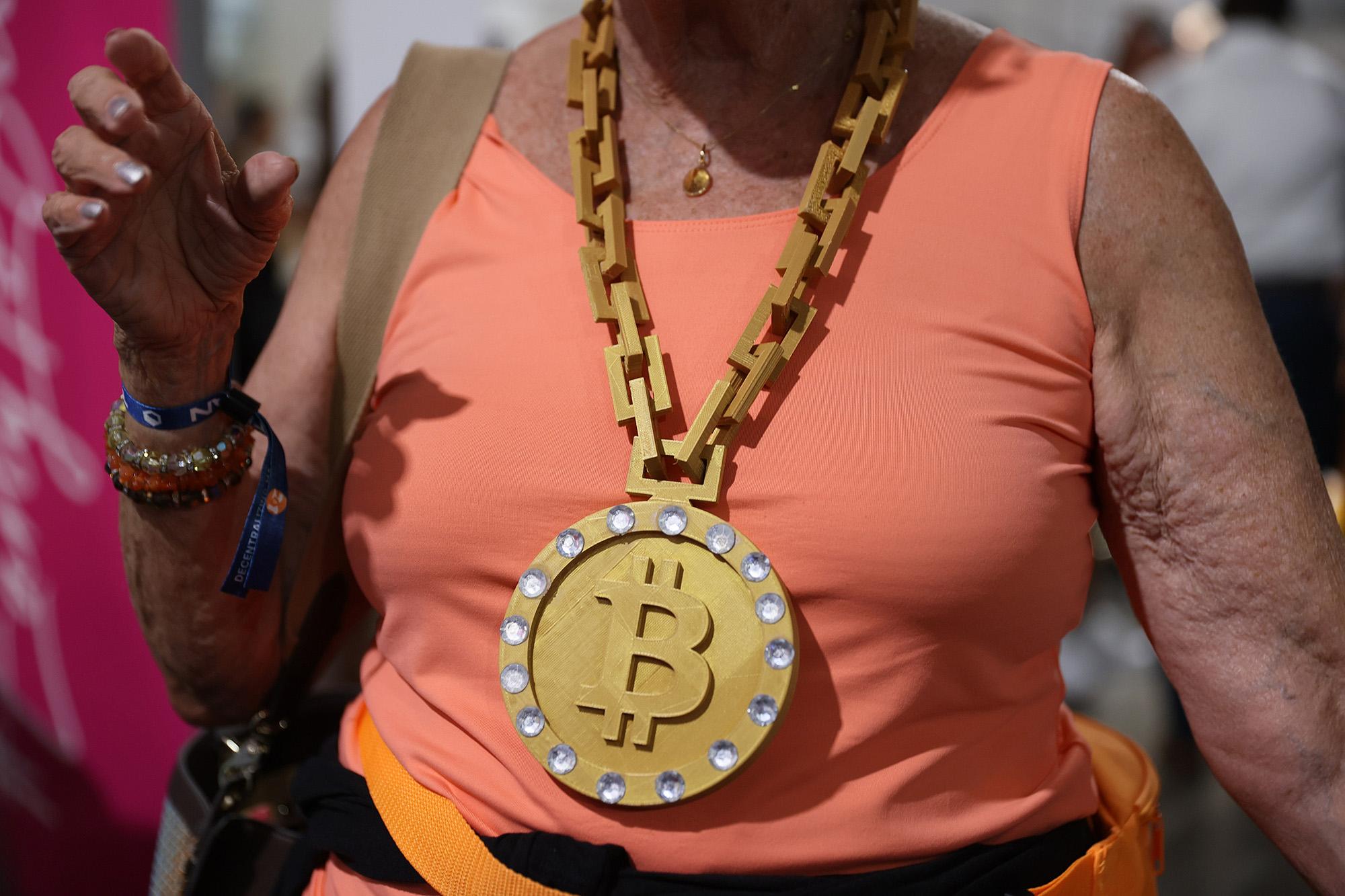 bitcoin pelnas per qlics