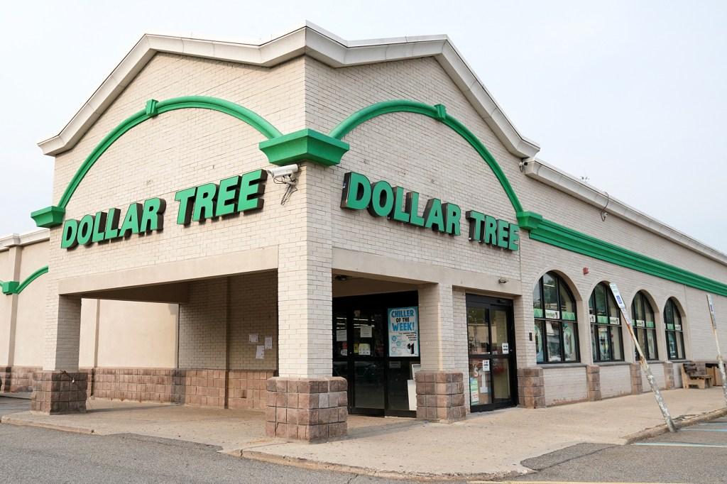 Dollar Tree exterior