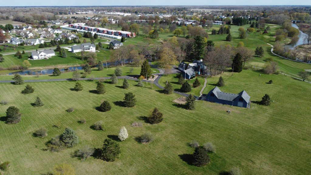 The estate sits on over 16 acres of land.