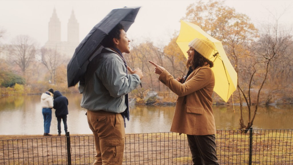 """Still of Jaboukie Young-White and Francesca Reale from """"Dating & New York"""""""