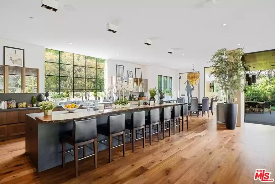 The couple's Los Angeles kitchen is pictured from another angle.