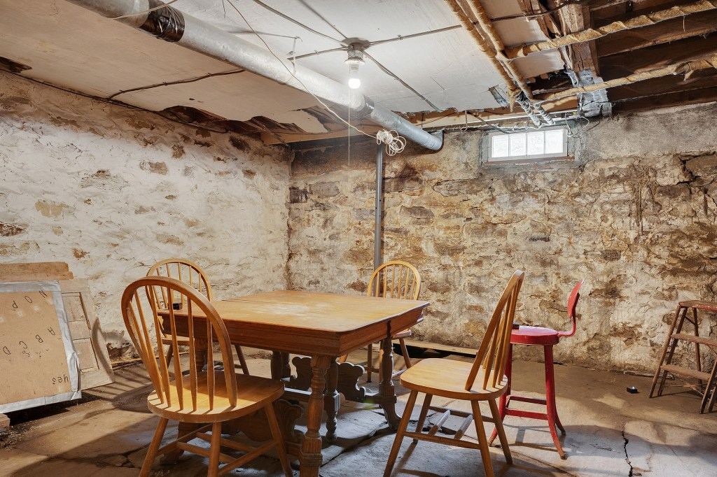 There are aptly some scary-looking spots inside, including this room.