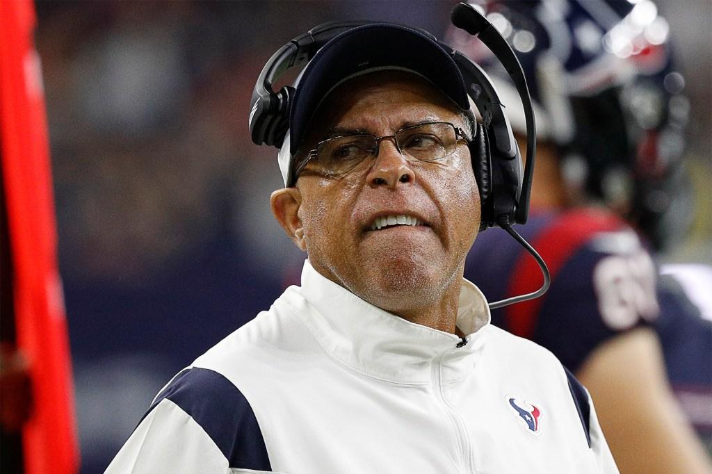 Head coach David Culley