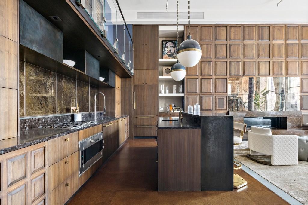 The loft's kitchen.