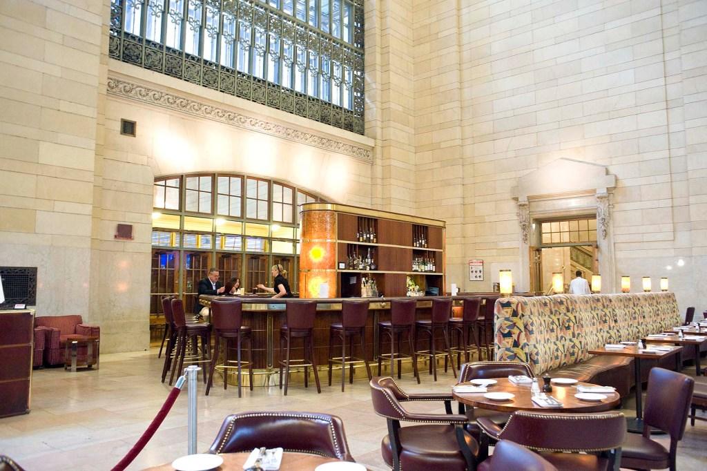 The bar at Michael Jordan's Steak House NYC.