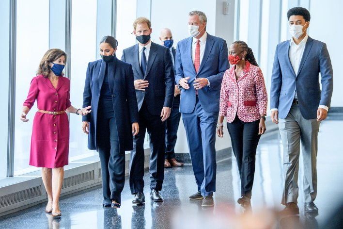 Governor Kathy Hochul, Meghan, Duchess of Sussex, Prince Harry, Duke of Sussex, NYC Mayor Bill De Blasio, Chirlane McCray and Dante De Blasio visit One World Observatory on September 23, 2021