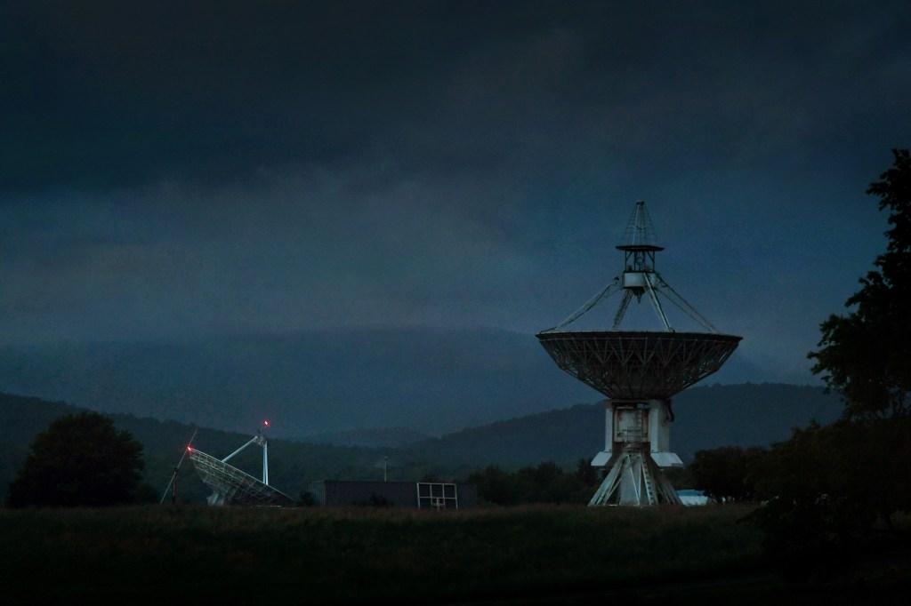 green-bank-telescope-town
