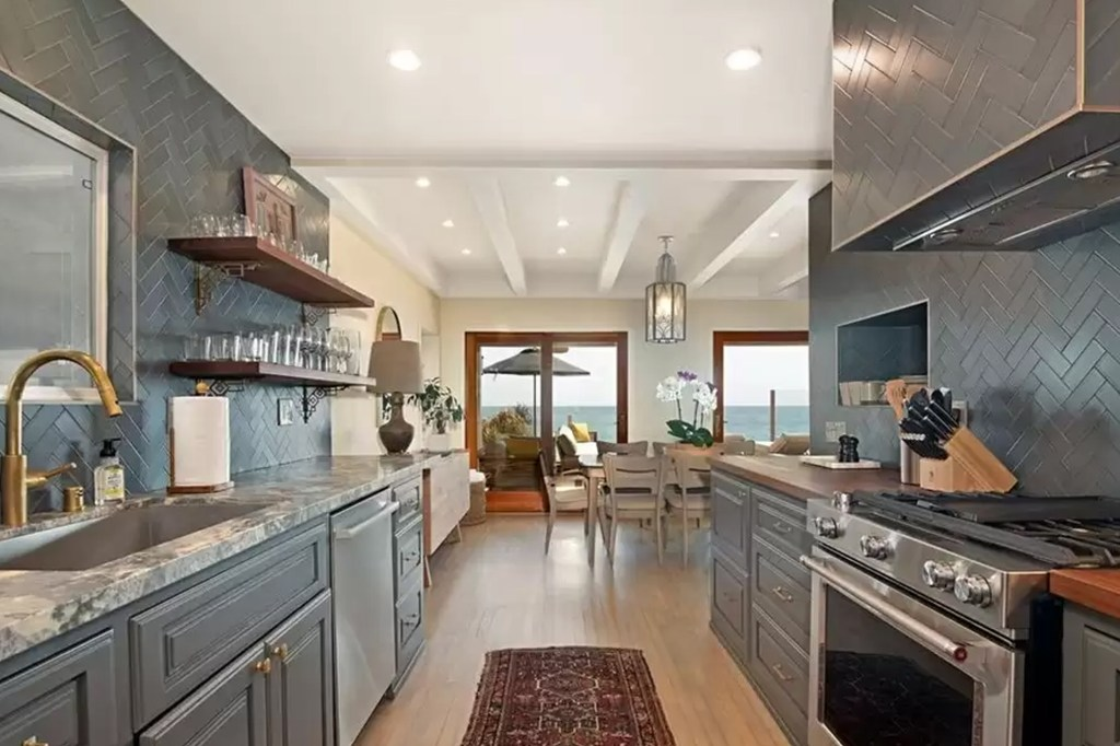 The kitchen in DiCaprio's $10 million home for sale is pictured.