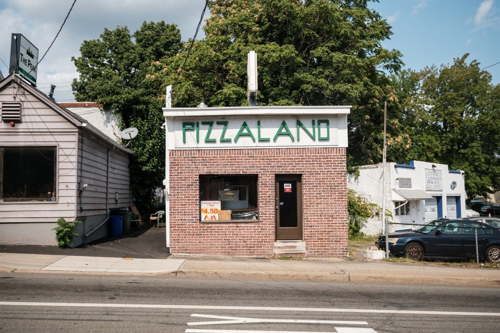 This little pizza place in North Jersey was made famous from James Gandolfini.