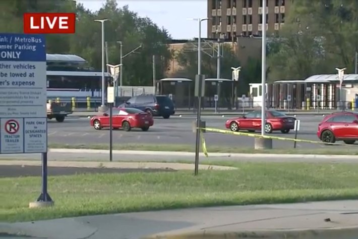 Multiple victims in East St. Louis shooting; manhunt for suspects after crashing getaway car.