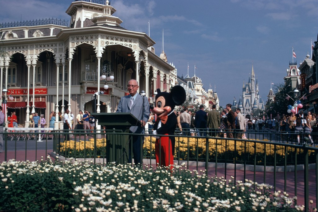 Walt Disney World Resort dedication ceremony in 1971.