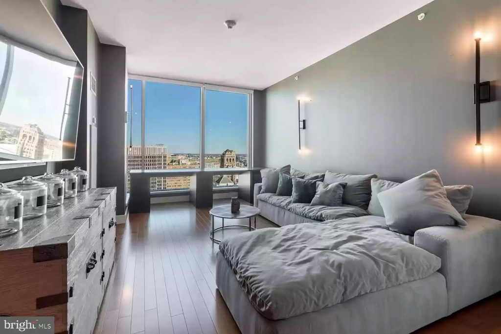 Simmons bought the condo for $2.54 million in June 2018 under PRVN Group LLC, property records show.