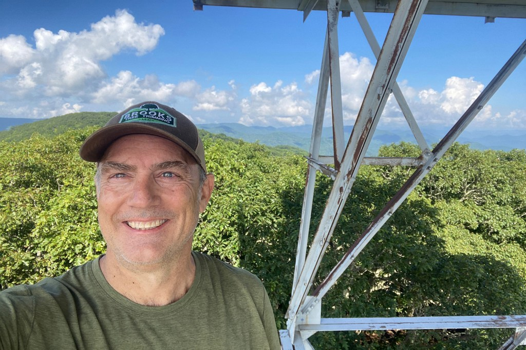 Dennis Davis claims that he encountered Brian Laundrie while driving on the Appalachian Trail on the North Carolina border.