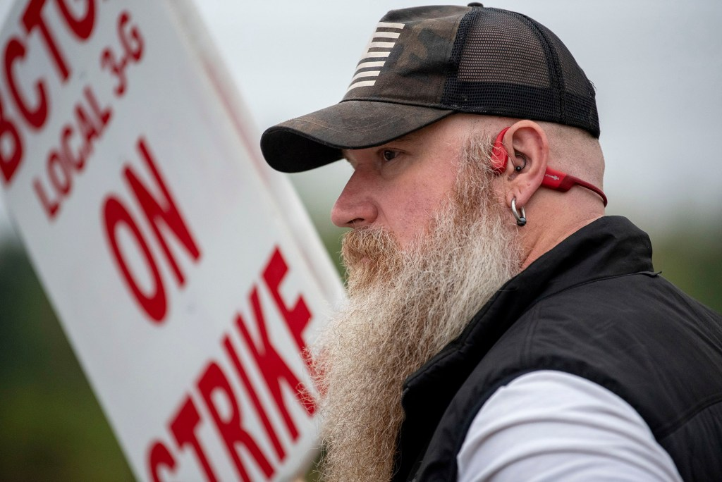 Jerry Mauchmar joins other BCTGM Local 3G union members in a strike against Kellogg Co. on Oct. 5, 2021.