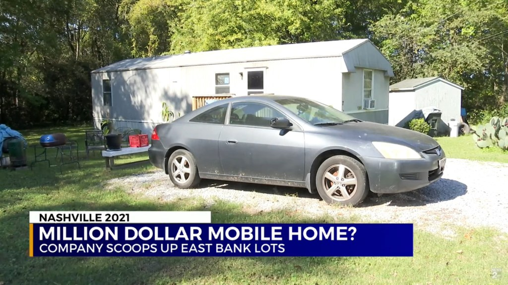 The mobile home spans just over 500 square feet.