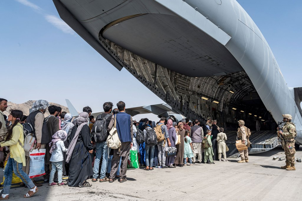 A State Department spokesman stated 105 American citizens and 95 green card holders departed Afghanistan since the end of August.