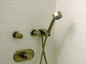 bathroom7b