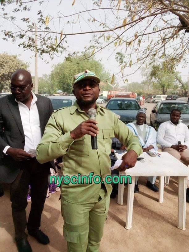 Kano NYSC member donates reading glasses to 240 patients