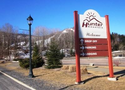 Hunter-Mountain-Sign