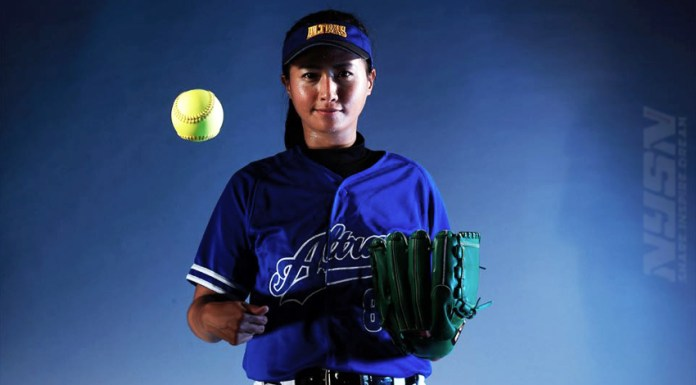 Softball-Monica-isella