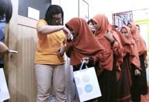 Dalam rangkaian HUT Novotel Tangerang ke-4, diadakan kunjungan ke Panti Asuhan Sahabat Yatim Indonesia, di Cipondoh, Tangerang. (Novotel)