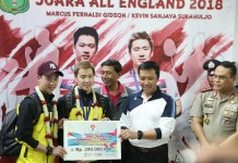 Menpora menyambut kedatangan pasangan ganda Kevin Sanjaya Sukamuljo/Marcus Fernaldi Gideon usai meraih gelar All England 2018. (kemenpora)
