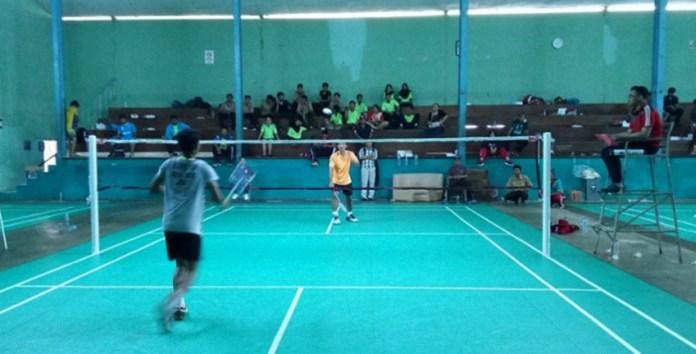 Pebulutangkis-tunggal-putra-Dimas-Agus-Suryadi-berhasil-mengalahkan-Alvin-Rayhan-di-ajang-O2SN-Tingkat-DKI-Jakarta.-Adt-NYSNMedia