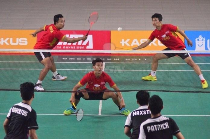 Skuad putra Universitas Negeri Yogyakarta (UNY) akhirnya lolos semifinal, usai mencukur Universitas Atma Jaya Yogyakarta (UAJY) 5-0. (LIMA)