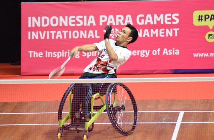 Atlet difabel cabor bulutangkis asal provinsi Banten, Muhammad Subhan, tampil di Indonesia Para Games Invitational Tournament 2018, pada Rabu (27/6). (Ham/NYSN)