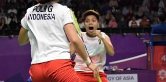 Dobel Indonesia, Greysia Polii/Apriyani Rahayu menekuk ganda Korea Selatan, Lee So Hee/Shin Seung Chan (21-18 21-17), pada fase perempat final, dan membawa merah putih lolos ke babak semifinal bulu tangkis beregu putri Asian Games 2018. (Pras/NYSN)