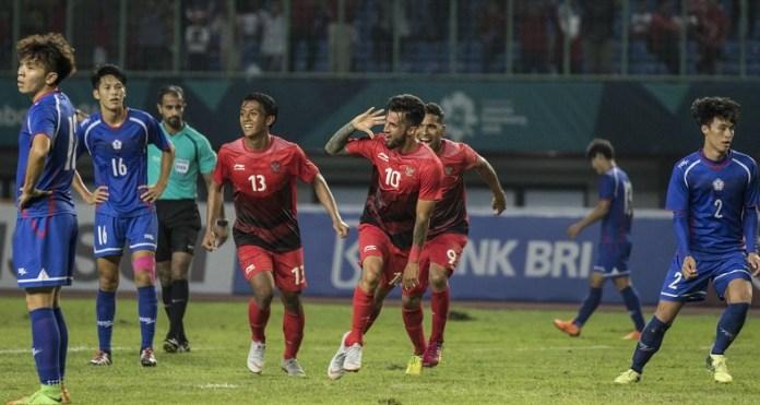 Timnas U-23 kemungkinan akan menerapkan strategi false nine melawan Palestina pada laga kedua Grup A Asian Games 2018, di Stadion Patriot Candrabhaga, Rabu (15/8). (bola.com)