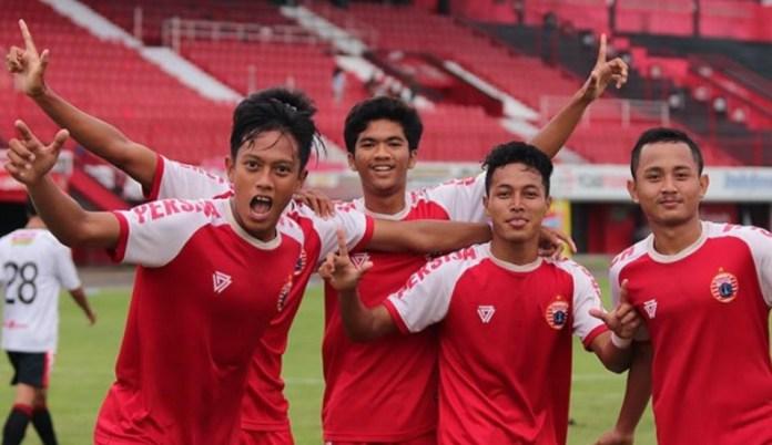 Persija Jakarta U-16 tergabung di Grup B, pada kompetisi Liga 1 Elite Pro Academy U-16 20188. Kompetisi tersebut mulai bergulir pada Sabtu (15/9), di beberapa kota di Indonesia. (media persija jakarta)