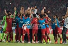 Timnas U-19 lolos babak perempat final Piala AFC U-19, usai menundukkan Uni Emirat Arab (UEA) U-19 dengan skor tipis 1-0, pada laga penutup grup A, fase penyisihan Piala AFC U-19 2018, di Stadion Utama Gelora Bung Karno (SUGBK), Jakarta, pada Rabu (24/10). (Pras/NYSN)