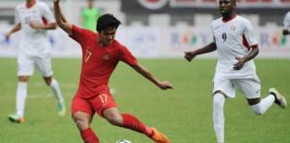 Full bek kiri Timnas U-22 kelahiran Medan 11 Mei 1999, Firza Andika, dilaporkan sudah sudah lolos seleksi trial dan memilih tim untuk berlabuh di antara klub Spanyol dan Belgia. (Pras/NYSN)