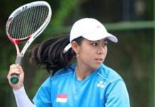 Angelica Irena Lontoh (21 th), satu-satunya wakil Indonesia yang lolos ke babak akhir The 4th Indonesia Soft Tennis Championships 2018, harus mengakui keunggulan atlet Korea Selatan, Jin Sua. Irena, sapaannya, takluk di nomor final tunggal putri dengan skor 2-4. (tribunnews.com)