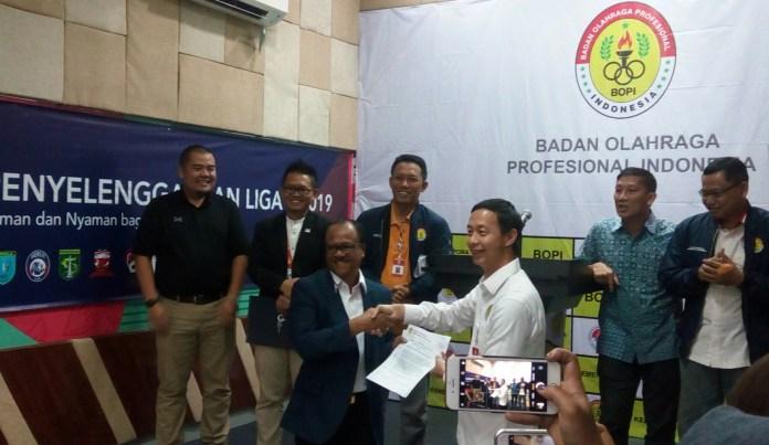 BOPI melalui Ketua Umum Richard Sambera mengeluarkan surat rekomendasi penyelenggaraan Liga 1 2019 kepada PT LIB. (Adt/NYSN)