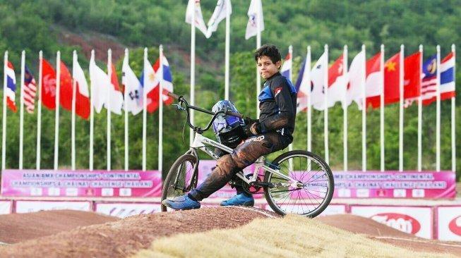 Raiden Raga saat menjadi juara 1 kelas chalenge di BMX Asia Championship Thailand 2018