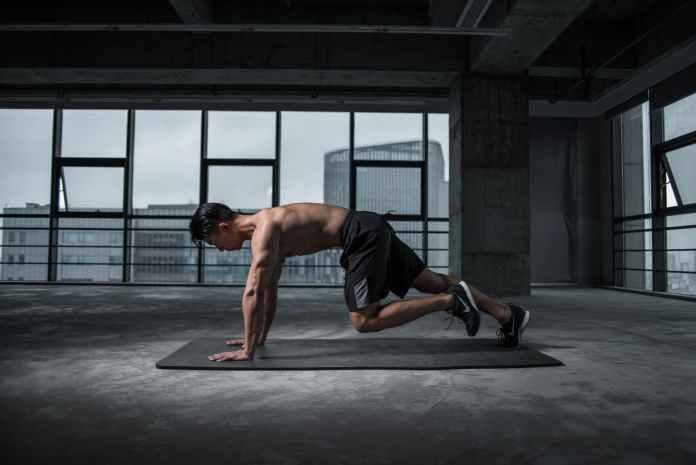 Olahraga Plank. Sumber: Pexels