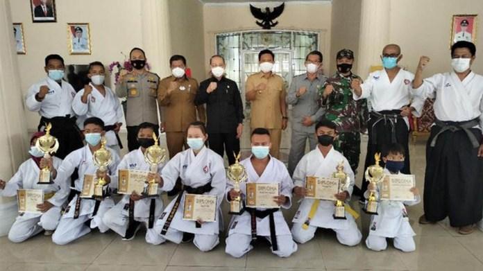 Lima Karateka Muda Indonesia Raih Prestasi Pada Czech Open Karate Cup 2021