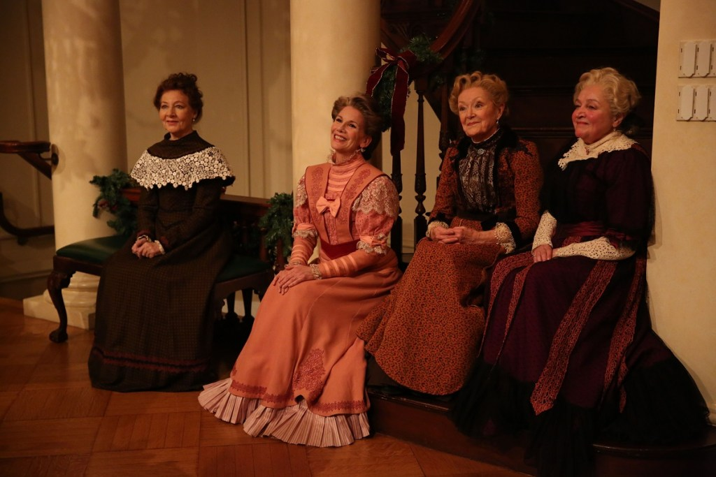<I>Terry Donnelly, Melissa Gilbert, Patricia Kilgarriff and Patti Perkins in a scene from The Dead, 1904. Photo: Carol Rosegg</I>