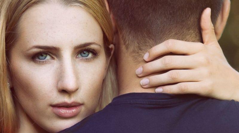 Dirty talk: Dette må du aldrig sige under sex