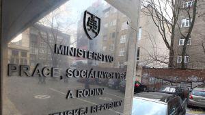 miniszter prace-socialnych-veci-a-rodiny-clanokW
