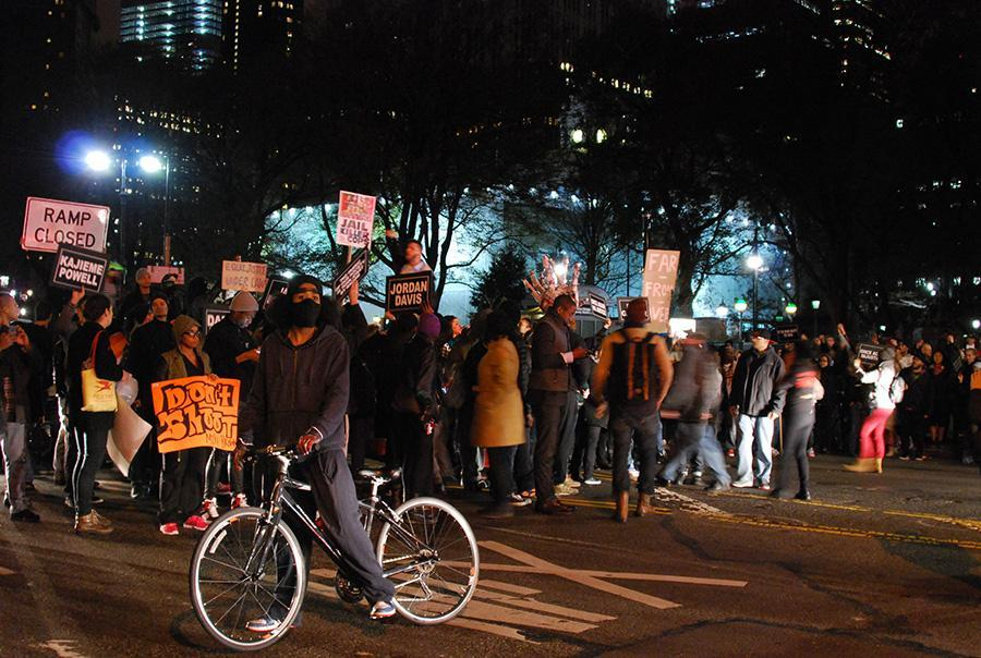 NYC protests grew on the second night following the grand jury decision to not indict Ferguson police officer Darren Wilson.