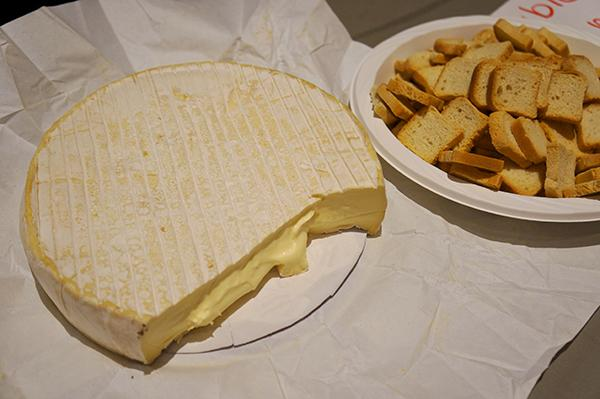 Cheese club invites students to monthly events