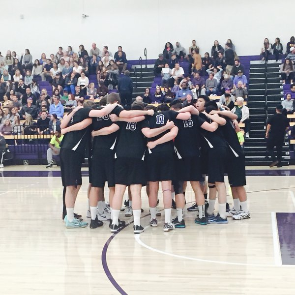 The NYU men's volleyball team took two out of three games in their opening weekend tournament.