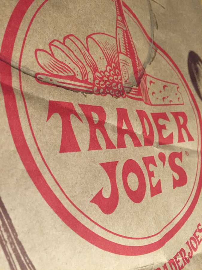 Trader+Joe%27s+is+a+great+grocer+with+low+prices%2C+but+you%27ll+have+to+deal+with+the+long+lines.
