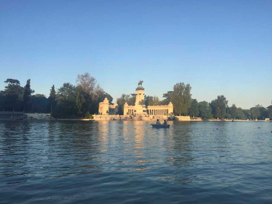 Parque del Retiro is one of Madrids busiest parks and this is just a lake in the city where people can row boats.