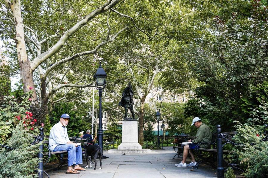 Abingdon Square Park is a little triangular park tucked away in the West Village where Hudson Street crosses Bleecker Street.