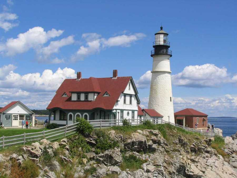 Portland's lighthouse is one of the main attractions for NYU students to see during their getaway.